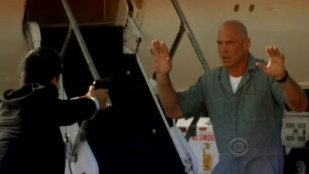 CSI: Miami 08x04 : In Plane Sight- Seriesaddict